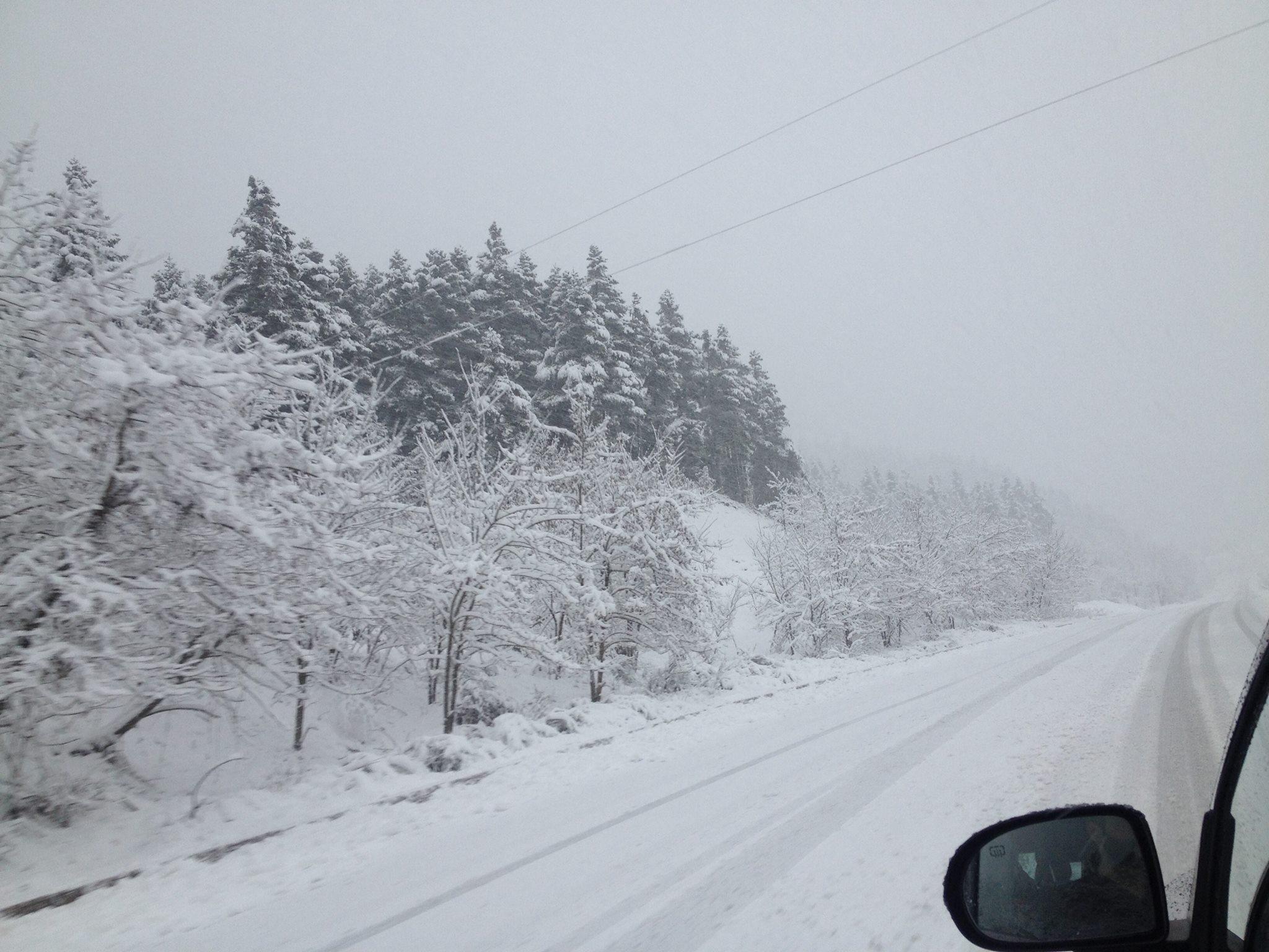 Από τα χιόνια σήμερα το πρωί [εικόνες