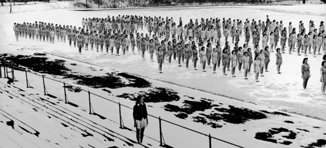 Γυναίκες στο στρατό -Οι πρώτες που εκπαιδεύθηκαν σαν άνδρες, το 1942 [εικόνες]