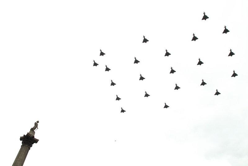 Εντυπωσιακοί εναέριοι σχηματισμοί της RAF -Φωτογραφία: SAC ROSE BUCHANAN RAF / BRITISH MINISTRY OF DEFENCE