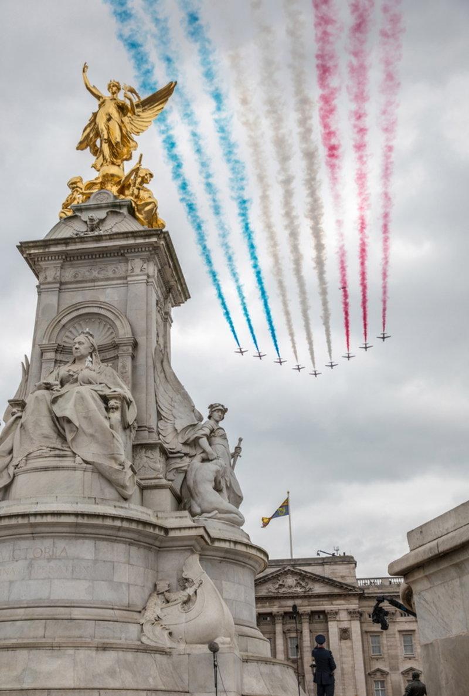 Αεροσκάφη της RAF πετούν πάνω από μνημεία του Λονδίνου -Φωτογραφία: SAC ROSE BUCHANAN RAF / BRITISH MINISTRY OF DEFENCE