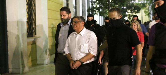 Financial Times για σύλληψη Μιχαλολιάκου: «Είναι η μεγαλύτερη πολιτική δίωξη από τότε που έπεσε η Χούντα»