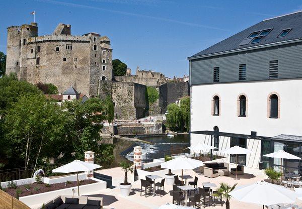 Τα πέντε στοιχειωμένα ξενοδοχεία της Ευρώπης που κάνουν τους προληπτικούς να αλλάζουν κατεύθυνση