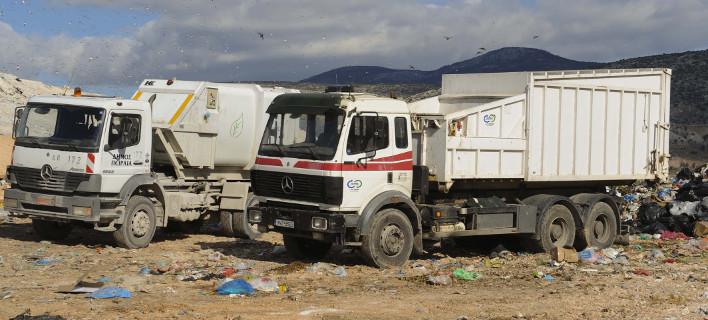 Μόνο χθες μεταφέρθηκαν στον ΧΥΤΑ 5.300 τόνοι απορριμμάτων, φωτογραφία: eurokinissi