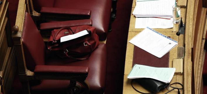 Ανατροπές σε συντάξεις, φορολογία, ιδιωτικοποιήσεις ετοιμάζει η κυβέρνηση