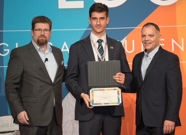 Ο ιδρυτής της εταιρείας Αργύρης Κουτρούμπας, (στο κέντρο)  κατέκτησε την  πρώτη θέση στον ελληνικό φοιτητικό διαγωνισμό Global Student Entrepreneur Awards (GSEA) του Entrepreneur's Organization και εκπροσώπησε την Ελλάδα στον Παγκόσμιο Τελικό του GSΕA 2018 στο Τορόντο του Καναδά, όπου ανταγωνίστηκε με  κορυφαίους φοιτητές-επιχειρηματίες από όλο τον κόσμο.