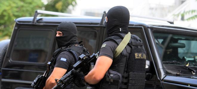 Διπλή επιχείρηση της αντιτρομοκρατικής για γιάφκες σε Αθήνα και Θεσσαλονίκη -Βρή