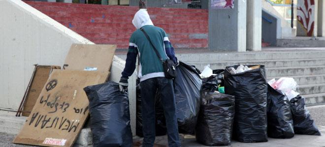 Μάζεψαν 5,5 τόνους σκουπίδια από τη Φιλοσοφική -Μπήκε τάξη στο χάος