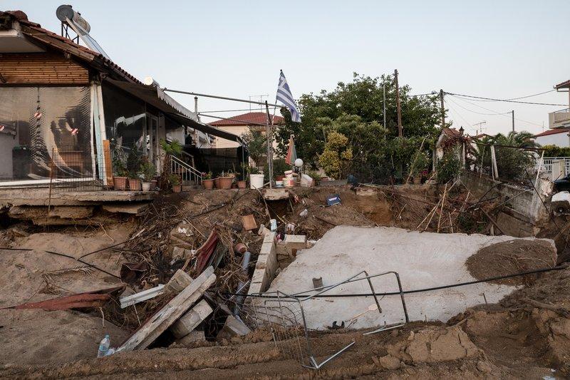 Για κάποιες οικογένειες οι καταστροφές ήταν τεράστιες