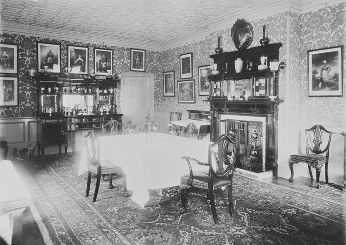 Η τραπεζαρία του York Cottage /Οκτώβριος του 1897