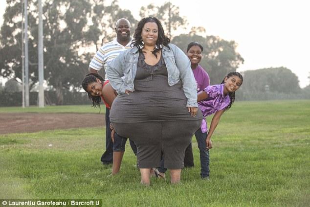 Η Ευρωπαία που μετακόμισε στις ΗΠΑ, πήρε 80 κιλά σε έξι μήνες και έγινε διάσημη [εικόνες]