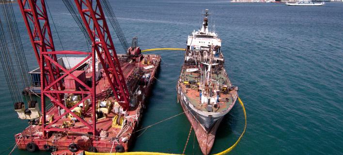 Πραγματοποιήθηκε απορρύπανση της θαλάσσιας περιοχής, Φωτογραφία: intimenews