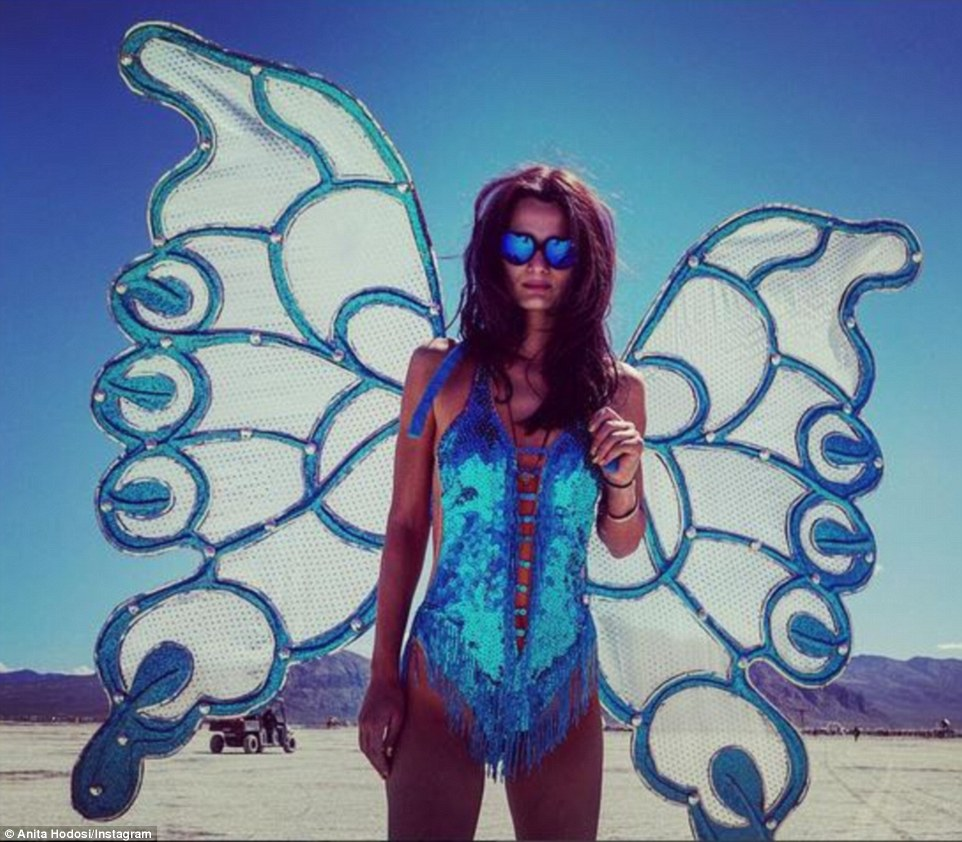 Burning Man Festival: Τα σύγχρονα Σόδομα και Γόμορα - Οργια μέσα στην έρημο [εικόνες & βίντεο] | iefimerida.gr 2