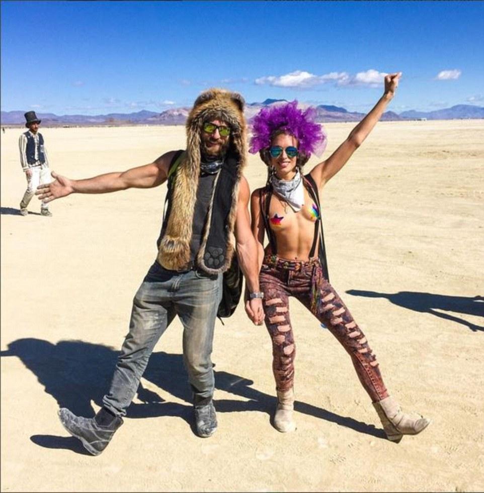Burning Man Festival: Τα σύγχρονα Σόδομα και Γόμορα - Οργια μέσα στην έρημο [εικόνες & βίντεο] | iefimerida.gr 7