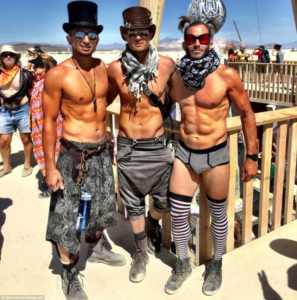Burning Man Festival: Τα σύγχρονα Σόδομα και Γόμορα - Οργια μέσα στην έρημο [εικόνες & βίντεο] | iefimerida.gr 6