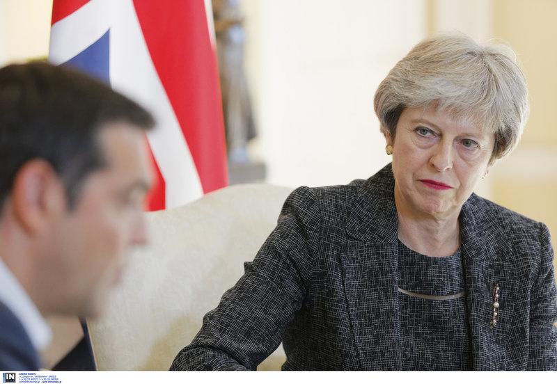 Τσίπρας και Μέι στην πρωθυπουργική κατοικία στο Λονδίνο -Φωτογραφίες: Intimenews/ΛΕΓΑΚΗΣ ΔΗΜΗΤΡΗΣ