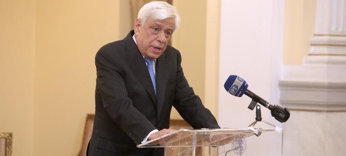 Παυλόπουλος: Μόνο μετά το τέλος της Συνταγματικής Aναθεώρησης πρόσκληση στην ΠΓΔΜ από το ΝΑΤΟ