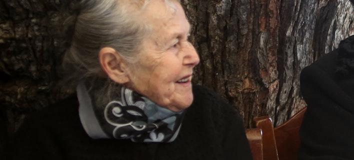 Γιαγιά Μαρίτσα, φωτογραφία intimenews  ΛΑΓΟΥΤΑΡΗΣ ΜΑΝΩΛΗΣ
