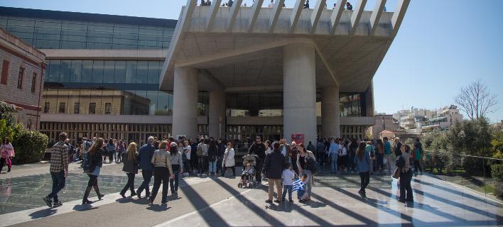 Εθνική επέτειος στο Μουσείο Ακρόπολης, φωτογραφία: EUROKINISSI/ΒΑΣΙΛΗΣ ΡΟΥΓΚΟΣ
