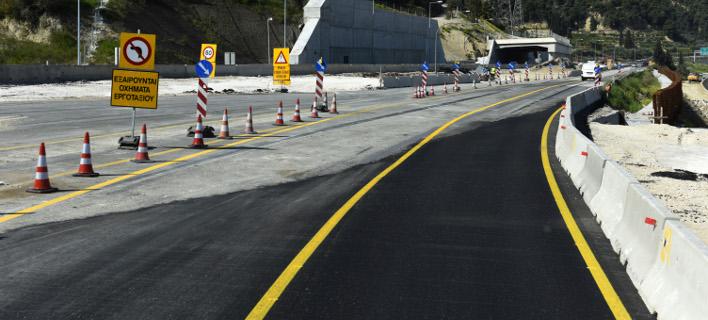 Θα κλείσει η δεξιά λωρίδα, φωτογραφία: EUROKINISSI/ΤΑΤΙΑΝΑ ΜΠΟΛΑΡΗ