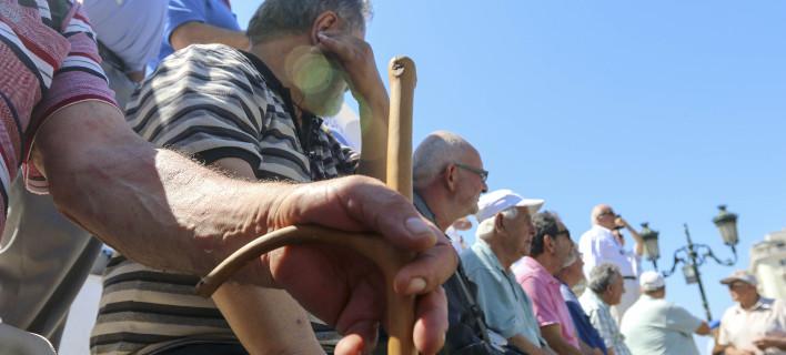 Παναττική Πανσυνταξιουχική Συγκέντρωση 3/9 στην πλατεία Εθνικής Αντίστασης, φωτογραφία αρχείου: eurokinissi