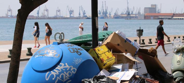 Για τις ανάγκες έχουν επιστρατευτεί και δύο καδοπλυντήρια, Φωτογραφία: eurokinissi