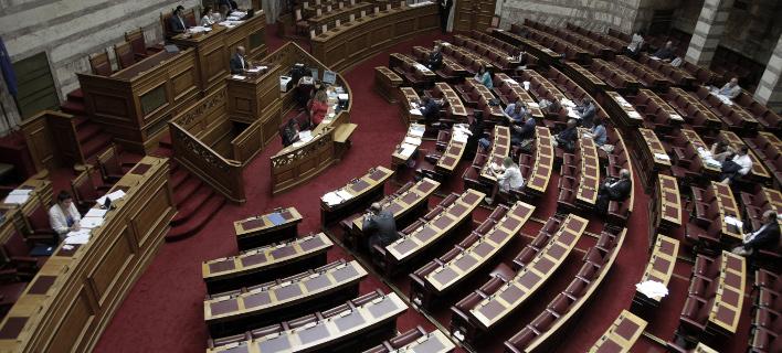 Ψηφίστηκε το νομοσχέδιο για τα πνευματικά δικαιώματα -Τι περιλαμβάνει