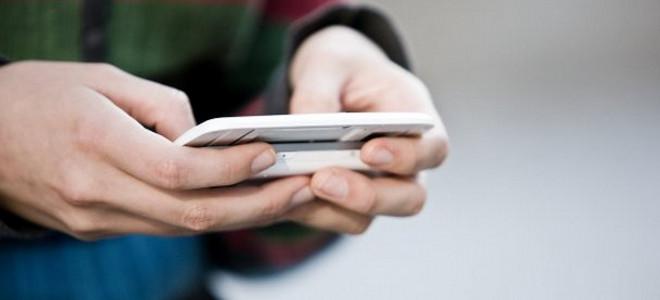 Πως τα smartphones μας έκαναν τυπογραφικές μηχανές –Πόσες λέξεις μπορούμε να δακ