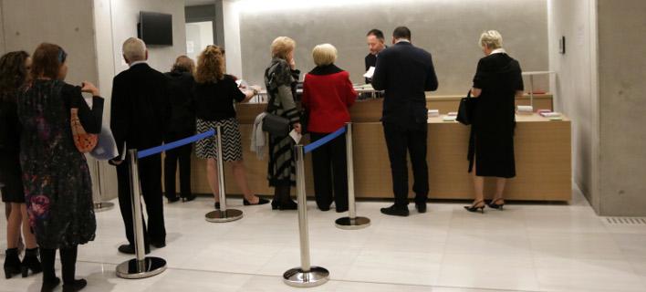 Μεταφορά ή ακύρωση εισιτηρίων, φωτογραφία: eurokinissi