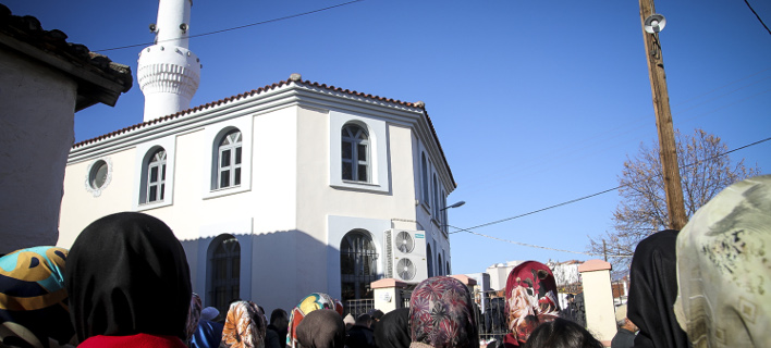 Κουμουτσάκος: Δεν συμφωνούμε με την εξαγωγή τουρκικών προεκλογικών συγκεντρώσεων, φωτογραφία: eurokinissi