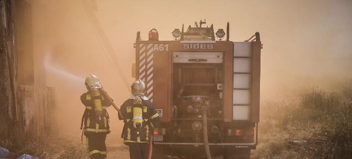 Η φωτιά ξέσπασε το βράδυ της Κυριακής, Φωτογραφία: eurokinissi