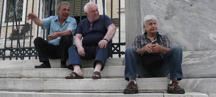 Το πρόβλημα αφορά μόνο τις βεβαιώσεις αποδοχών των συνταξιούχων του Δημοσίου, Φωτογραφία: eurokinissi