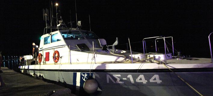 Μεταφέρθηκαν στο λιμάνι, φωτογραφία: eurokinissi ΧΡΗΣΤΟΣ ΜΠΟΝΗΣ