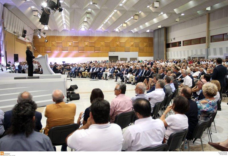 Η Φώφη Γεννηματά μιλάει στη ΔΕΘ /Φωτογραφία Eurokinissi