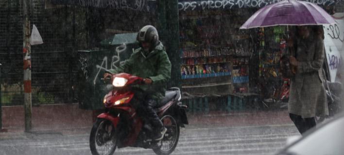 Βροχη, φωτογραφία: EUROKINISSI/ ΓΙΑΝΝΗΣ ΠΑΝΑΓΟΠΟΥΛΟΣ