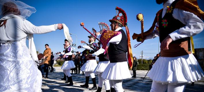 Μωμόγεροι στην Πρέβεζα, φωτογραφίες: EUROKINISSI/ΓΙΩΡΓΟΣ ΕΥΣΤΑΘΙΟΥ
