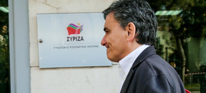 Κόκκινα δάνεια και capital controls στο επίκεντρο της συνάντησης Τσακαλώτου με τους τραπεζίτες