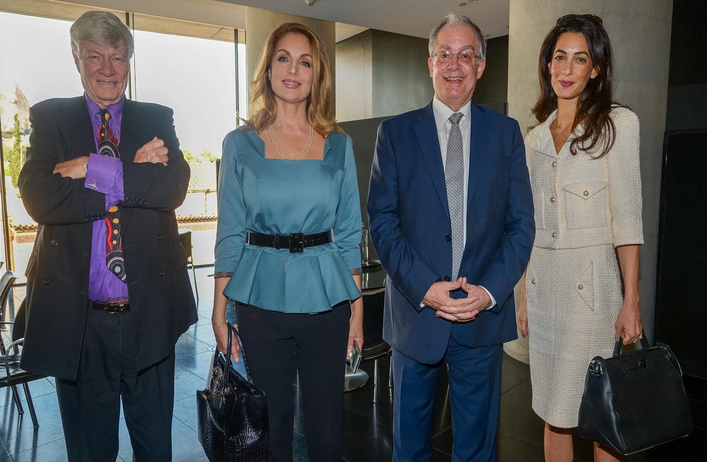 O Tζορτζ και η Αμάλ Κλούνεϊ κάλεσαν την Αντζελα Γκερέκου στο Λονδίνο -Μια φιλία αρχίζει