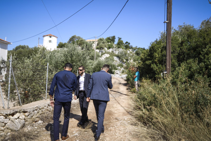 Safe security measures were taken on the way to the point where the Prime Minister addressed the Greek people