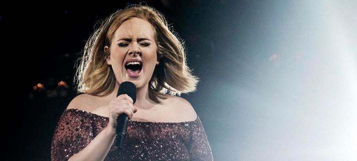 Η Αντέλ τραγουδάει, Φωτογραφία: Αdele/instagram