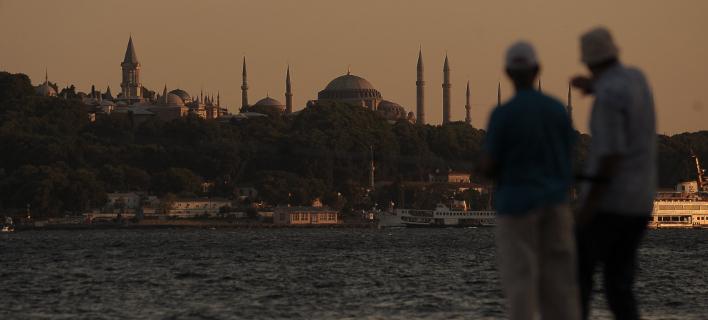 Θα γίνουν κι άλλες προσφυγές για την Αγιά Σοφιά, εκτιμά η SZ (Φωτογραφία: AP)