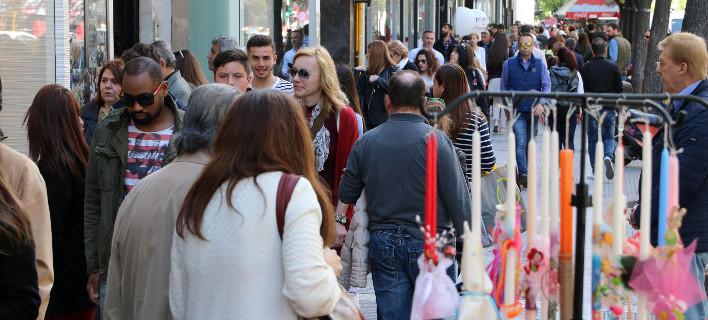 Ανοιχτά τα καταστήματα σήμερα -Το εορταστικό ωράριο