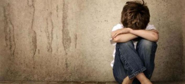 Σοκ στην Εύβοια: 39χρονος Ινδός βίασε 14χρονο αγόρι