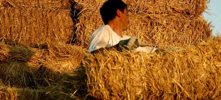 Eργόσημο για τους μετανάστες που δουλεύουν στα χωράφια -Πρόστιμο στους αγρότες που δεν θα τους δηλώσουν