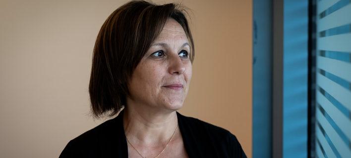 Η Πιέρα Αγιέλο αποκάλυψε στον Guardian το πρόσωπό της