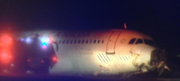 Προσγείωση του τρόμου στον Καναδά -Αεροσκάφος έφυγε από τον αεροδιάδρομο [εικόνα]