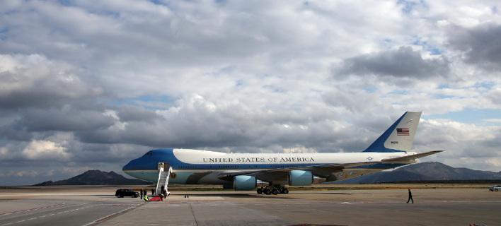 Η αναχώρηση Ομπάμα από το «Ελευθέριος Βενιζέλος» [εικόνες]