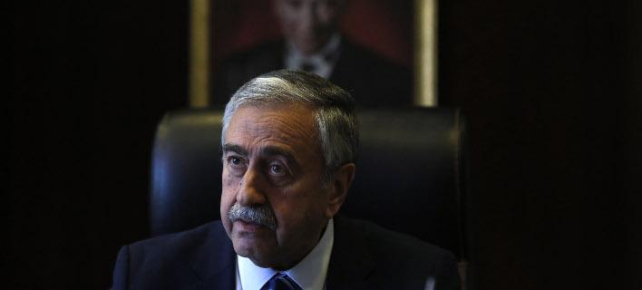 Ο Μουσταφά Ακιντζί (Φωτογραφία: AP/ Petros Karadjias)