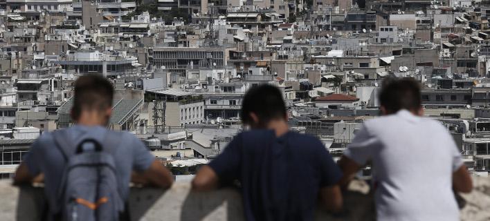 Ούτε με το κιάλι δεν βρίσκουν ένα οικονομικό σπίτι οι υποψήφιοι ενοικιαστές στην Αθήνα / Φωτογραφία: Intimenews-ΛΙΑΚΟΣ ΓΙΑΝΝΗΣ