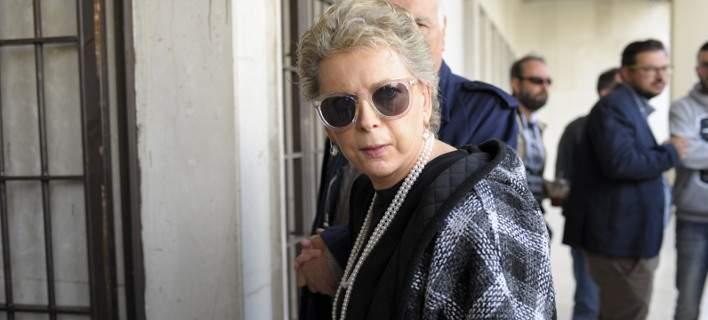 Σχόλιο-φωτιά της Ελενας Ακρίτα για την Αννα Βίσση: Θα έπρεπε να ντρέπεστε...