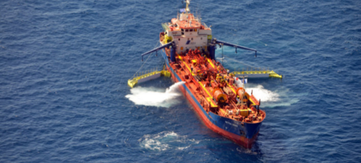 Πετρελαιοκηλίδα: Τέσσερις ημέρες πήρε στον ΣΥΡΙΖΑ να ζητήσει βοήθεια από την ΕΕ